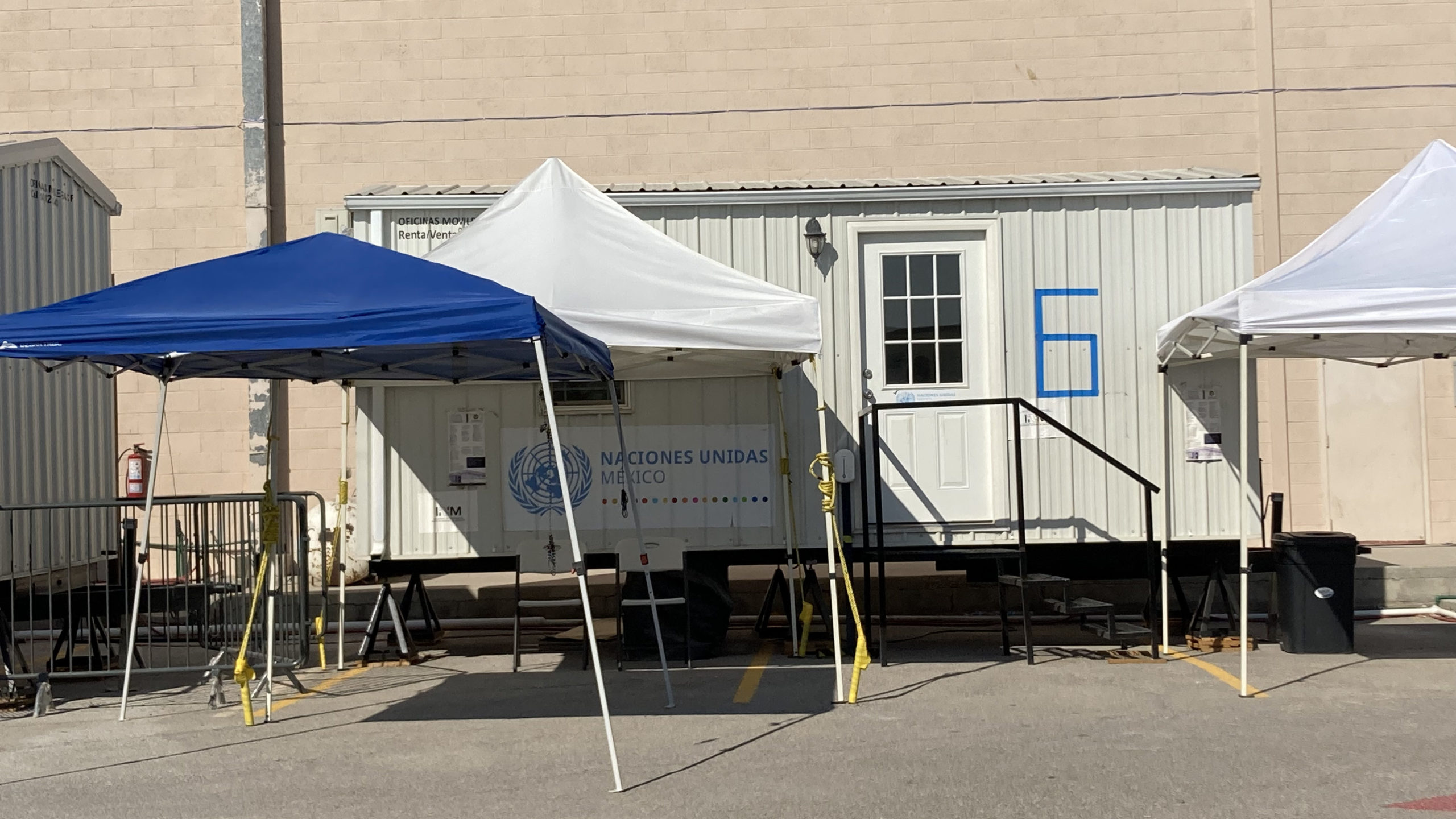 A photo of a UN trailer used to provide legal services.
